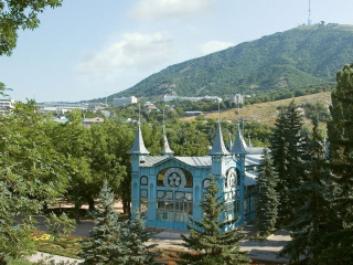 Lermontovskaya-galereya